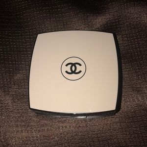 Chanel les beiges eyeshadow palette